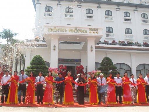 Kỷ niệm 5 năm tái cấu trúc Công ty Cổ phần Du lịch Đồng Tháp và khánh thành Khách sạn Bông Hồng