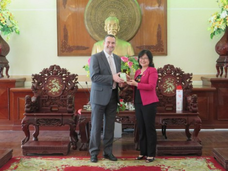 Lãnh đạo thành phố tiếp Tổng lãnh sự Canada tại TP Hồ Chí Minh