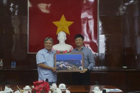 Lãnh đạo thành phố tiếp Quỹ Hòa bình và Phát triển Việt Nam
