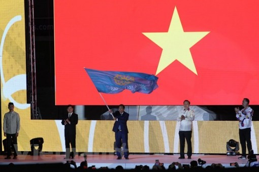 SEA Game 30: Curtain falls, SEA Games flag goes to Vietnam