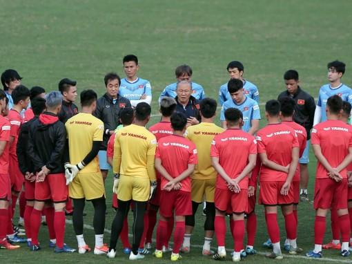 U23 Việt Nam tự tin qua vòng bảng
