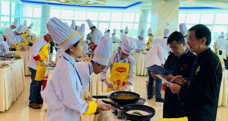120 đầu bếp tham gia hội thi ẩm thực Đầu bếp chuyên nghiệp ĐBSCL, lần II năm 2020
