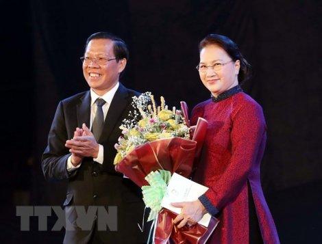 Chủ tịch Quốc hội dự lễ kỷ niệm 60 năm Bến Tre Đồng Khởi