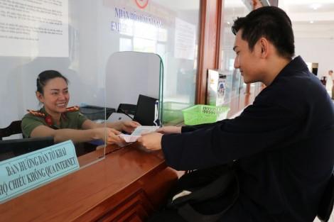 Tuyệt đối không để xảy ra tình trạng trễ hẹn trả hồ sơ thủ tục hành chính
