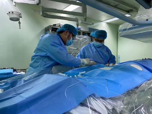 Báo động đỏ, cứu sống bệnh nhân ngưng tim