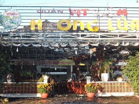 Cháy ở quán vịt xiêm Hương Lúa: không có thiệt hại về người