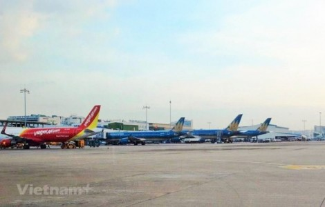 Flights licensed to bring Vietnamese, Chinese citizens back