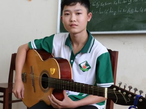 Minh Tâm ước mơ trở thành nhạc công