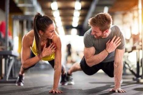 Tập luyện cùng nhau giúp các cặp đôi thêm gắn kết