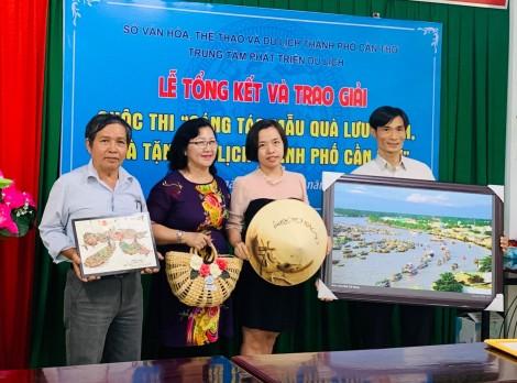 Trao giải Cuộc thi Sáng tác mẫu sản phẩm quà lưu niệm, quà tặng du lịch TP Cần Thơ