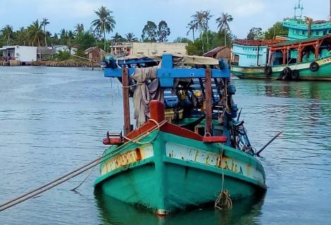 Cà Mau: Phát hiện thi thể 3 thuyền viên trong hầm tàu bị chìm