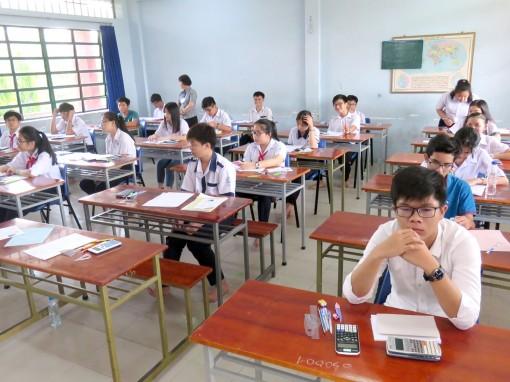Học sinh chỉ được chọn một  trong hai hình thức để đăng ký vào nguyện vọng 2