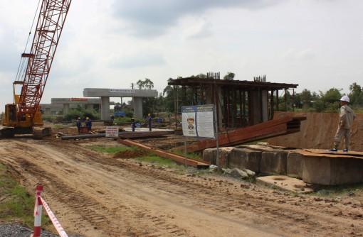 Sớm đầu tư hoàn thiện cao tốc TP Hồ Chí Minh - Cần Thơ