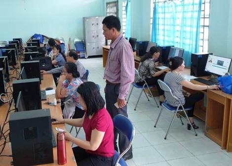 Ô Môn nỗ lực dạy học trực tuyến