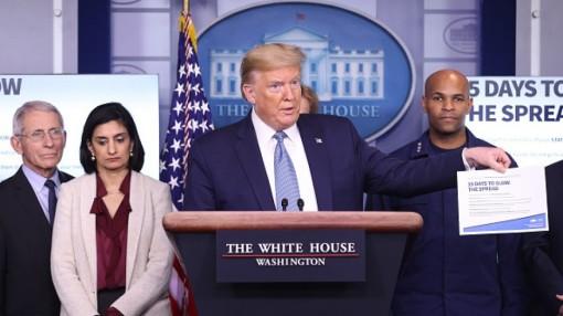 Ông Trump xoa dịu người Mỹ gốc Á