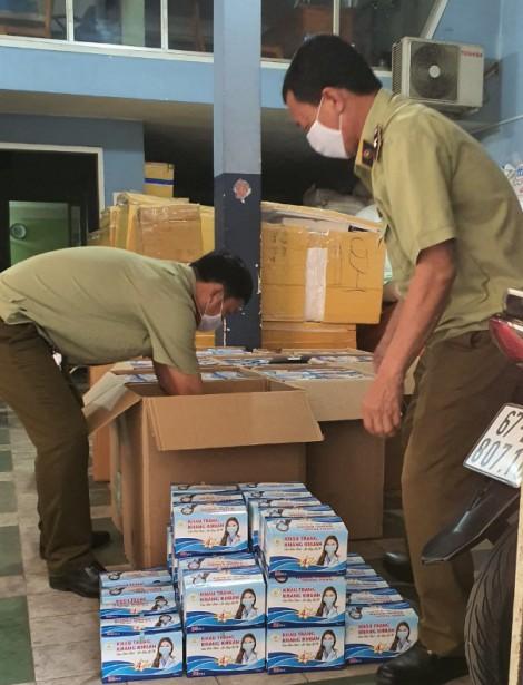 An Giang: Tạm giữ hơn 72.000 chiếc khẩu trang y tế không rõ nguồn gốc