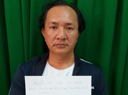 Truy bắt nóng 8 đối tượng  bắt giữ người trái pháp luật