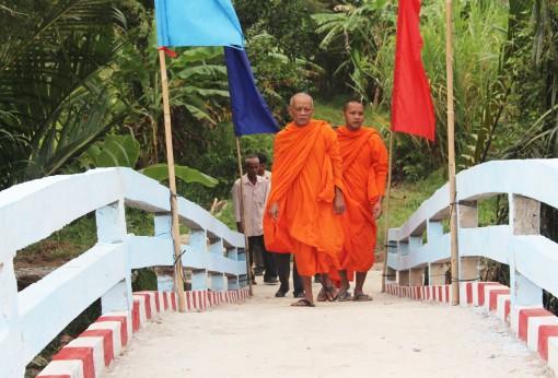 Vùng đồng bào Khmer miền Tây Nam bộ thay áo mới <br>  Bài 1: Niềm vui hoàn thành mục tiêu Chương trình 135