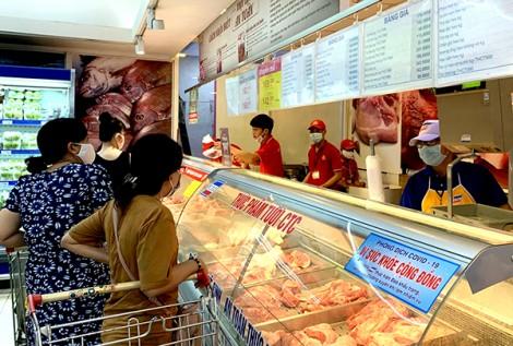 Giảm giá mặt hàng thịt heo và nhiều loại hàng hóa