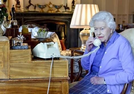 Nữ hoàng Elizabeth ra lời hiệu triệu toàn dân Anh