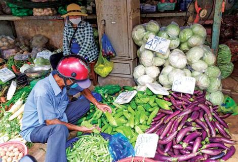 Nguồn cung dồi dào, giá nhiều loại rau củ ở mức thấp