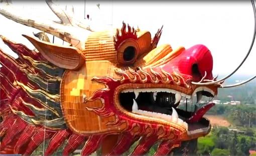 """Khám phá Wat Samphran - """"đền rồng"""" linh thiêng của Thái Lan"""