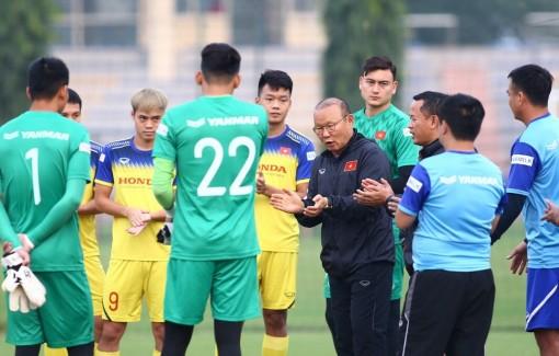 """Bóng đá Đông Nam Á với cuộc đua """"ngôi vương"""""""