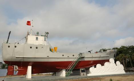 Nghiệm thu hoàn thành và bàn giao công trình Tàu HQ 671 vào trưng bày tại Bảo tàng Hải quân
