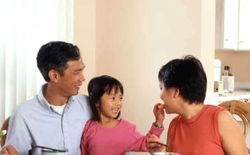 Ăn uống lành mạnh từ nhỏ giúp giảm nguy cơ mắc bệnh tim mạch