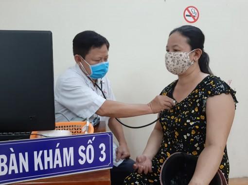 Chăm sóc sức khỏe  ở xã nông thôn mới nâng cao