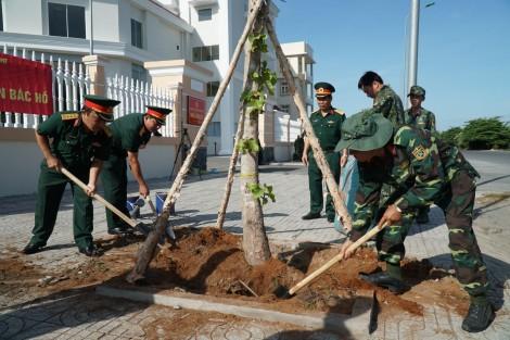 Lực lượng vũ trang thi đua chào mừng Đại hội Đảng các cấp