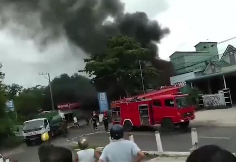 An Giang: Cháy cây xăng, 3 người thương vong