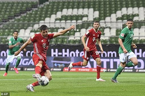 Bayern Munich lại vô địch sớm