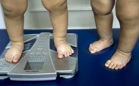 Tiếp xúc với không khí ô nhiễm, thuốc lá dẫn đến béo phì ở trẻ em