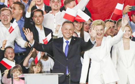 Ông Duda tái đắc cử Tổng thống Ba Lan