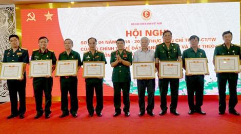 Khen thưởng 20 tập thể, cá nhân đạt thành tích xuất sắc trong thực hiện Chỉ thị số 05