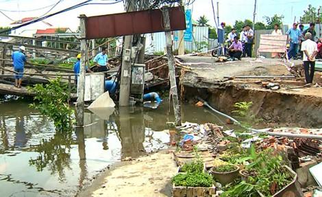 Ðầu tư công trình kiên cố khắc phục sạt lở bờ sông, rạch