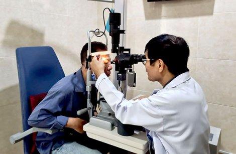 Phẫu thuật điều trị sụp mi mắt