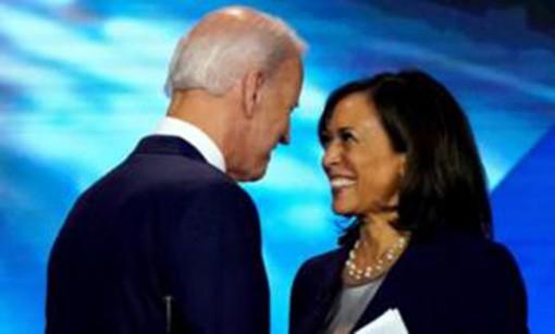 """Ông Biden chọn """"phó tướng"""""""