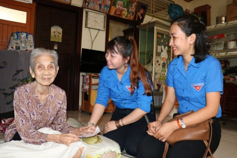 Công chức, viên chức trẻ tình nguyện vì cộng đồng
