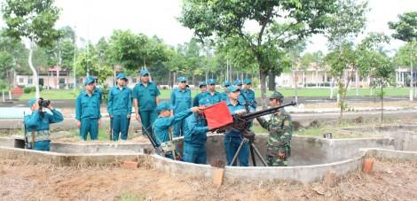 Thực hiện hiệu quả công tác phòng không nhân dân