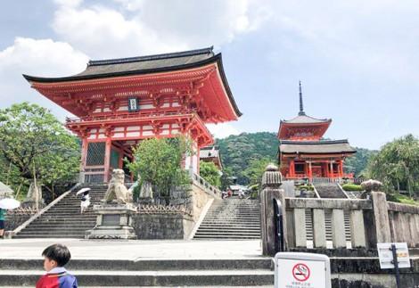 Chiến lược du lịch của Nhật gặp khó