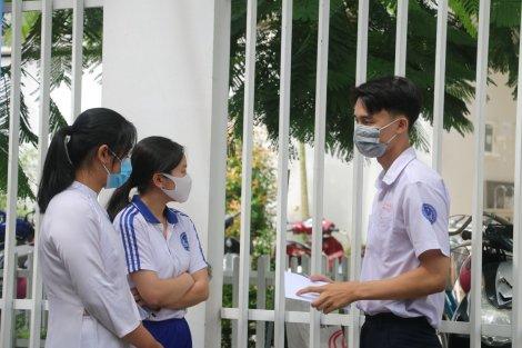 Đau ruột thừa, 2 thí sinh bỏ dở thi tốt nghiệp THPT