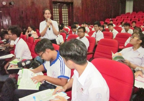 Hỗ trợ học sinh chủ động tham gia thị trường lao động