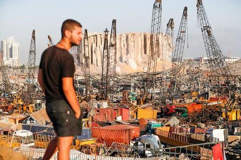 Chính phủ Lebanon sụp đổ