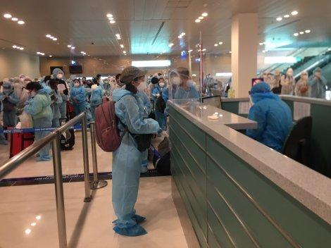242 công dân từ Philippines về nước, cách ly tại Cần Thơ