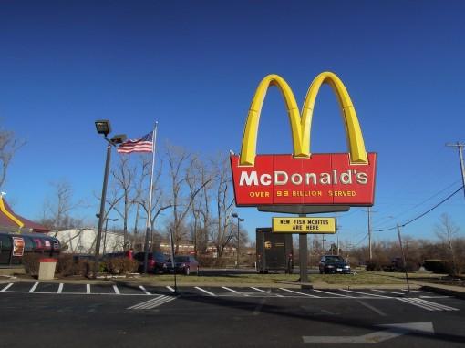 McDonald's đối mặt vụ kiện đòi bồi thường 1 tỉ USD