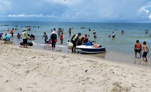 Biển Cam Bình