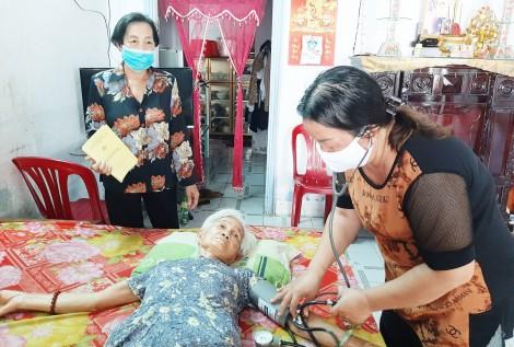 Quan tâm, chăm sóc người cao tuổi
