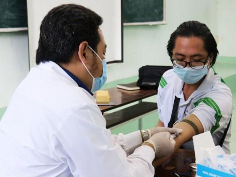 Truyền thông và lấy mẫu xét nghiệm HIV cho học sinh, sinh viên  ở 10 trường đại học, cao đẳng